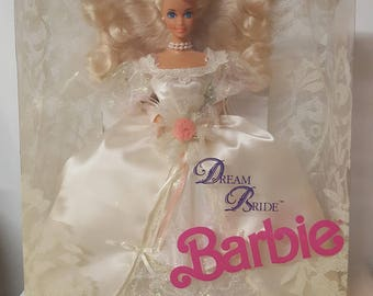 1992 Dream Bride Barbie Doll (01623)