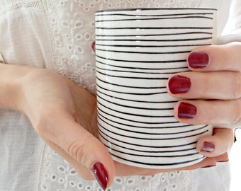Cup with stripes