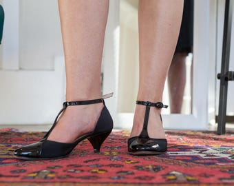 Black Leather Women's Mary Jane Shoes