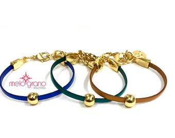 Italian leather Bracelet with Gold Finish spheres and Ferrules In Zamak. M-139