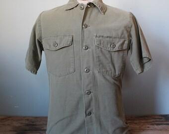 Vintage Army Sateen Button up Shirt | Medium