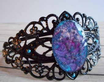 Baroque metal bracelet