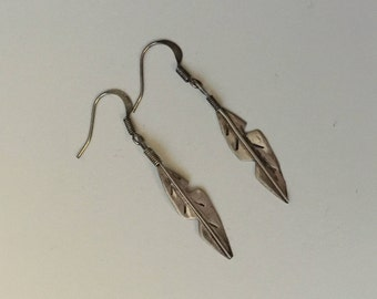 Sterling Silver Feather Earrings (Unmarked) / Artist Made
