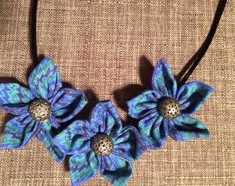 Blue Purple Wave Design Fabric Flower Statement Necklace