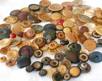 Lot of 100 VINTAGE Vegetable Ivory or Tagua Nut Sewing Craft BUTTONS  E3