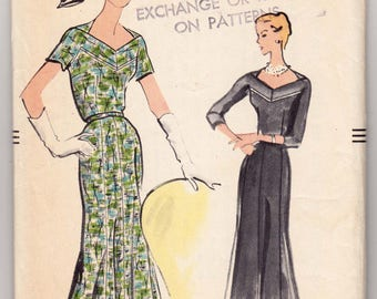"""ORIGINAL Vintage Sewing Pattern 1960's Ladies Dress Vogue 9158 Size 34"""" Bust - Free Pattern Grading E-book Included"""
