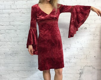 vintage 90s burgundy velvet goth Renaissance dress / Medieval crushed velvet witch vibes dress