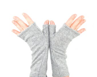 Cashmere Fingerless Gloves in Pale Grey - Upcycled Wool Sweater