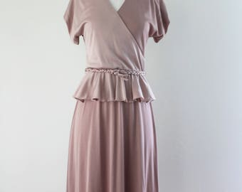 1970s Dusty Rose Peplum Dress