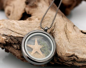 Beach holiday floating transparent glass locket with starfish natural sand and reindeer moss seaweed- Summer gift for her- gunmetal