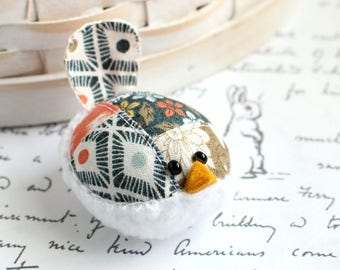Small Pincushion Woodland Floral Bird Pincushion Pin Keep Kawaii Bird