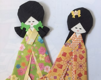 Japanese Kimono Dolls.. Set of 2.. yellow and green - Everyday gift for her - Kawaii cute unique origami paper folding craft