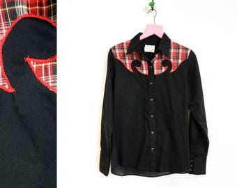 Vintage 1960s Black and Red Wrangler Western Shirt for Females Size S-M