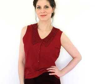 Vintage Peter Pan Collar Blouse / 1990s Maroon Crocheted Lace Collar Sleeveless Shell Camisole Blouse