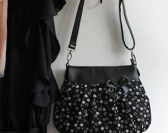 Crossbody bag zipper closure - black white - Ami