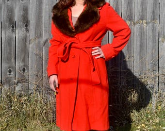 Vintage Cherry Red Wool Coat with Fur Collar