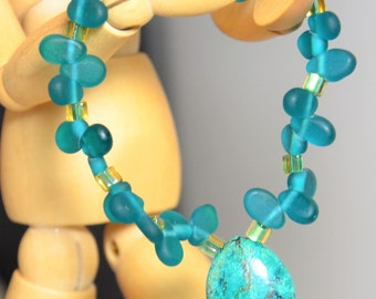 Green Turquoise Chrysocolla Teardrop Stretch Bracelet, Glass Beads, Crystal Healing, Women Whimsicle Unique Fall Party
