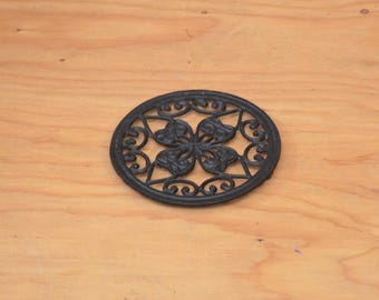 Vintage 70's Black Cast Iron Hot Pad Victorian Floral Gothic Look