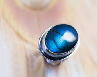 Labradorite Ring in Sterling Silver Cocktail Ring - Size 8 - Twilight