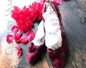 Antique Magenta Silk Shoes. Slippers. Bows. Decor. 1800s