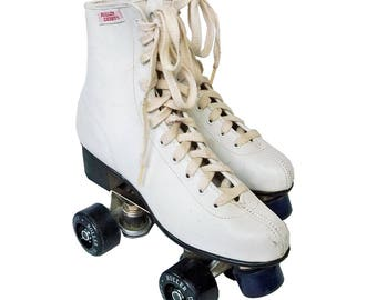 Woman's Roller Derby® Roller Skates with E-Z Carry Carrier - Size 8