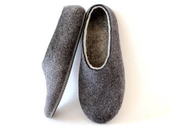 Unisex wool house Slippers Felted wool slippers Grey Charcoal Handmade boiled Wool slippers Womens Wool moccasins - Warm autumn winter Gift