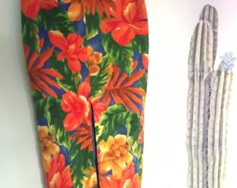 Vintage 80s does 50s high waisted Hawaiian pencil skirt