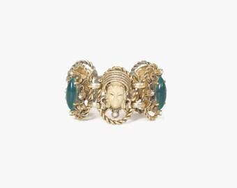 Vintage 50s SELRO BRACELET / 1950s Asian Princess Green Cabochon Gold Metal Bracelet