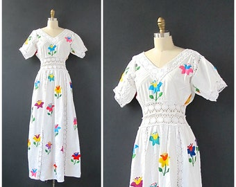 MY MEXICAN WEDDING Vintage 60s Dress | 1960's Embroidered White Dress with Cut Outs | Made in Mexico | Hippie, Boho, Folkwear | Size Small