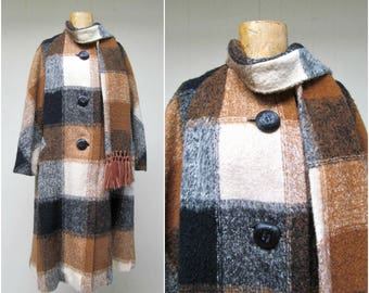 Vintage 1950s Coat / 50s DAN MILLSTEIN Wool Plaid Blanket Coat with Attached Muffler / Large