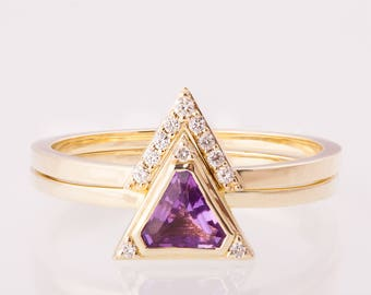 Triangle Bridal Set, Art Deco Engagement Ring, Unique engagement ring, Amethyst Diamond Ring, Triangle ring, Halo ring, purple ring, r021