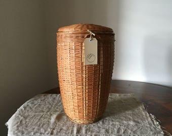 Fabulous Vintage wicker lidded laundry basket. My Vintage home.