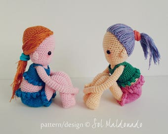 Crochet Doll Pattern PDF - Sitting  Amigurumi Dolls - Girl Playful Gift Dolls - Instant Download