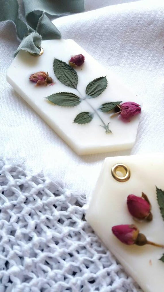 Wax label, Scented linen, white beeswax, with dried flower and essential oil