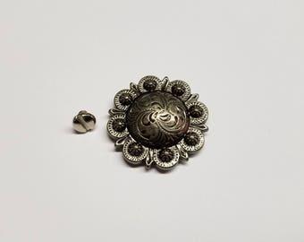 Pico Berry Conchos, Decorative Metal Conchos, 1 1/2 inch Conchos, Silvertone with Screw Back, Silver