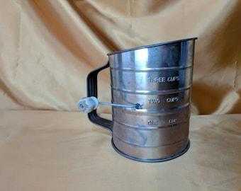 Three Cup Screen Flour Sifter circular sift wood knob in worn white Farmhouse Kitchen Decor *eb