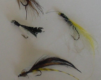 Four Vintage Lake Stream Fly Fishing Lures Feather Fur Tied Fly Line Hooks