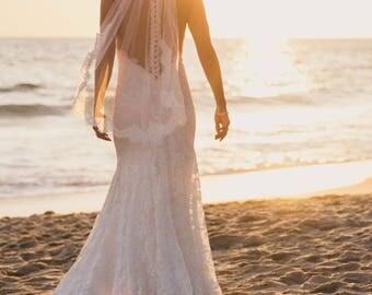 Eyelash Lace Fingertip Veil, Lace Wedding Veil, Ivory Veil, Fingertip Wedding Veil, Fingertip Length Veil -Lace Bridal Veil, Short Veils