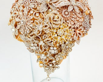 Brooch Bouquet. GOLD crystal Bouquet, Unique Wedding Bridal Bouquet