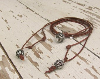 Real Leather Necklace for Women, Long Boho Pearl Wrap Jewelry, Leather Lace Necklace, Vintage Style Choker, Boho Wedding, Maid of Honor Gift