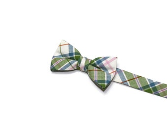 Boys Bow Tie~Easter Bow Tie~Summer Bow Tie~Boys Plaid Bow Tie~Ring Bearer Tie~Wedding Bow Tie~Boys Gift~HoBo Ties~Pink & Green Plaid Bow Tie