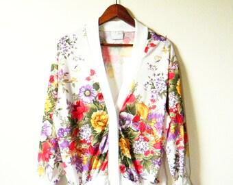 Vintage Summer Floral Cardigan / Lightweight Boho Floral Bouquet Sweater / 1980s Floral Cardigan