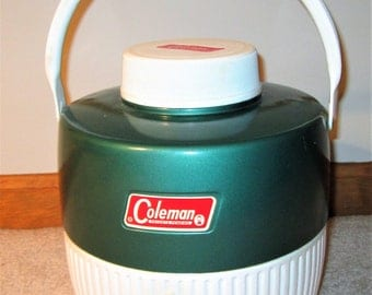 Vintage Forest Green & White Coleman 1 gallon Water Jug. 1960s metal outside, plastic inside, picnic, tailgating