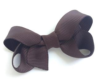Small brown hair bow - brown bow, baby bows, toddler bows, brown hair bow, boutique bows, small bows, girls hair bows