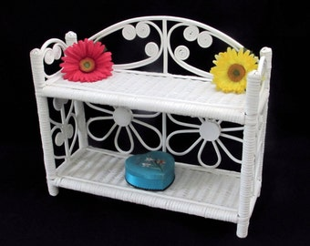 Free Standing White Wicker Shelf - Lightweight - Strong - Natural Material - Retro - Hippie - Shabby Chic Furniture - Vintage Home Decor
