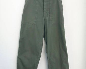 Vintage 1940's Military Herringbone Twill HBT Pants size 29 x 32 1/2 Button Fly