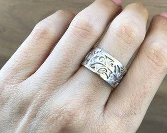 Womens Wedding Band- Leaf Motif Band Ring- Floral Band Ring- Silhouette Vine Band Ring- Unique Sterling SIlver Band
