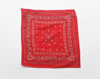 Vintage 60s Red BANDANA / 1960s Fast Color Red Cotton Handkerchief