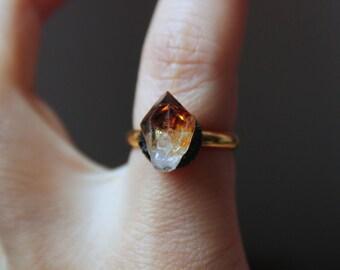 Citrine ring gold,minimalist ring,dainty yellow ring,raw stone ring,raw crystal ring,raw gemstone ring,rock ring,bohemian rings,hippie rings