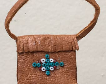 "Dollhouse Miniature Southwestern Tan Leather Purse in 1"" scale (DC)"